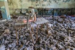 creepy-doll-in-pripyat-chernobyl-01
